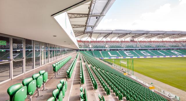Stadion Legii. System NIDA Hydro został wykorzystany do obudowy dolnej części jednej z trzech trybun