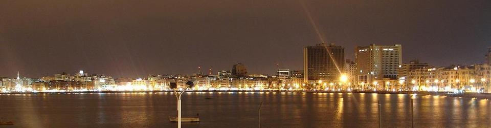 Aleksandria w nocy